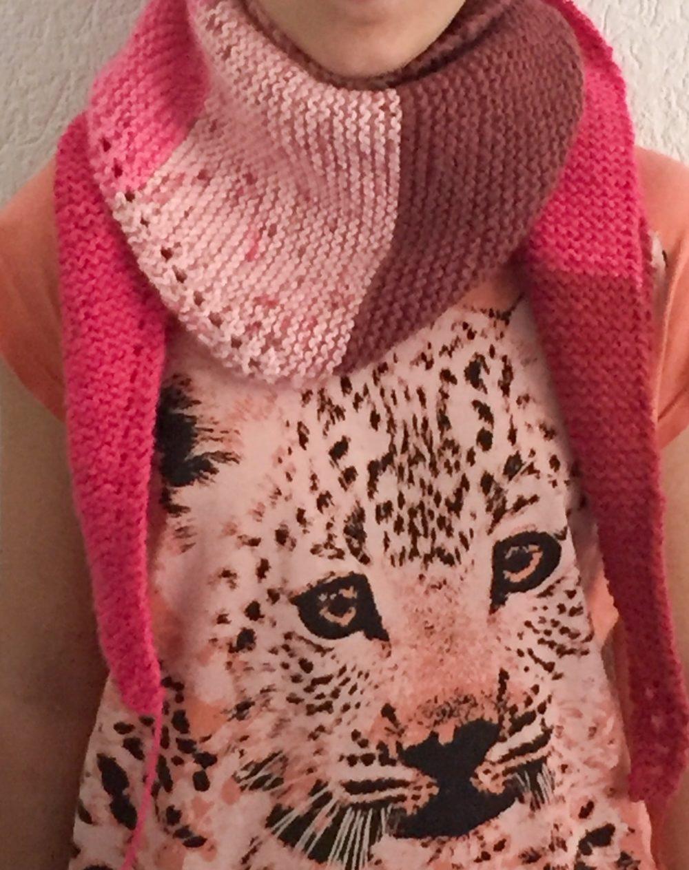 Echarpe chèche rose aiguille tricot bienveillancefab