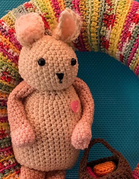 doudou lapin crochet pâques