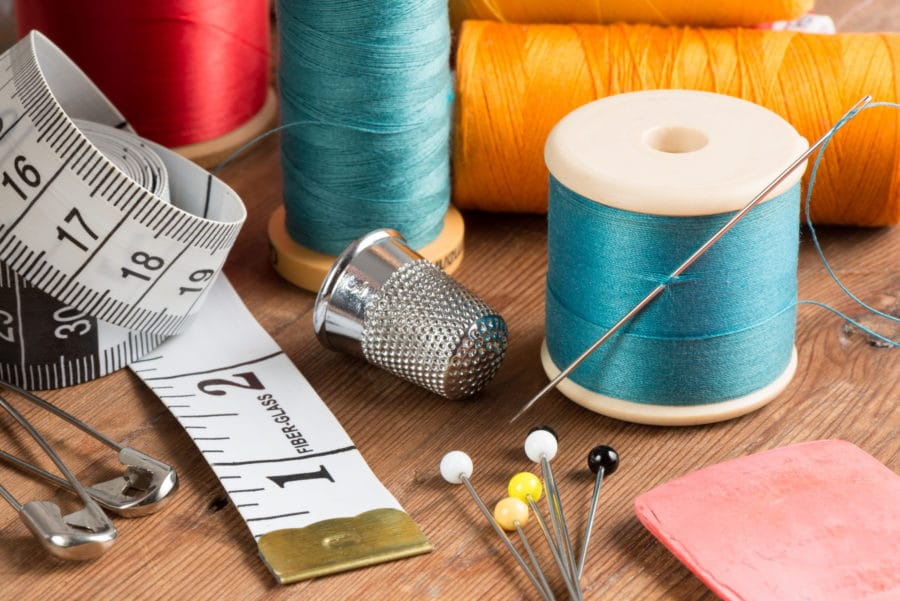 atelier de couture pour adultes ados - fil, aiguilles, épingles
